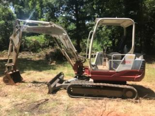 2006 CASE CX240 - Takeuchi Excavators