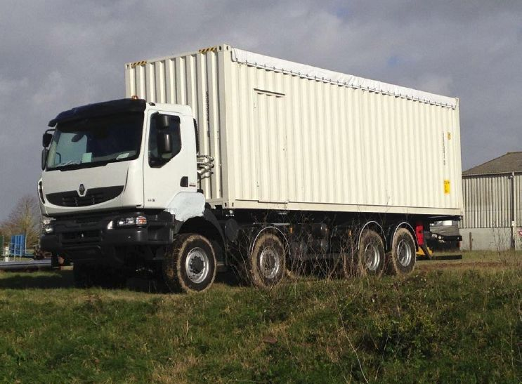 Other Renault Lube 8x8 Rigid TruckNew Surplus - Other Tunnel & Mining