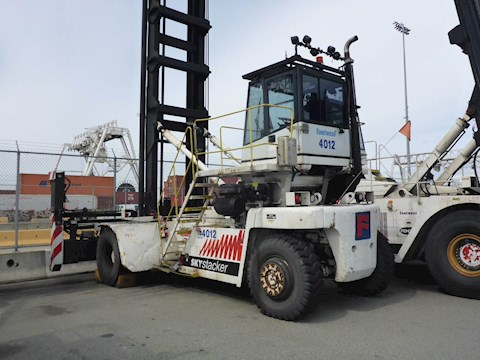 2006 FANTUZZI OTHER LIFTS & HANDLERS FDC25 7K