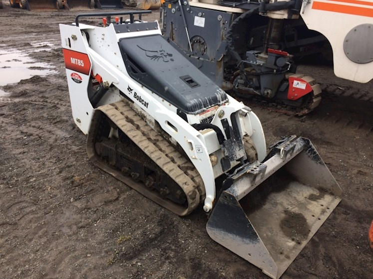 2016 Bobcat MT85 - Bobcat Loaders