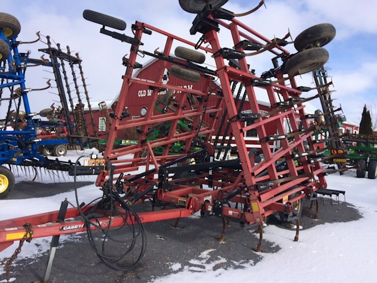 2010 CASE 200 - CASE Disc, Tine & Tillage