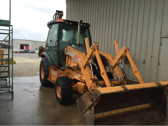2012 CASE 580 - CASE Loader Backhoes