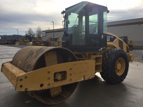 2010 Caterpillar CS56 - Caterpillar Compactors