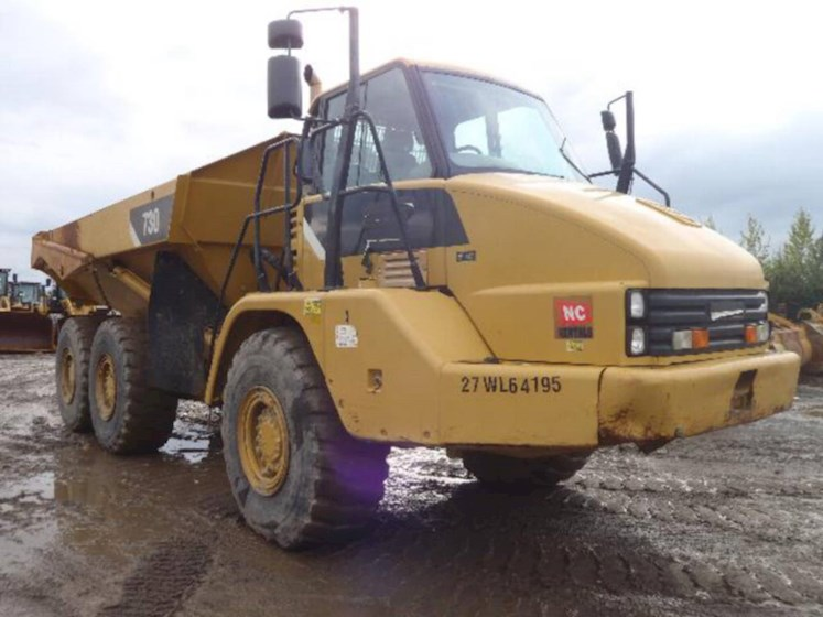 2008 Caterpillar 730 - Caterpillar Dump Trucks