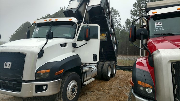 2014 Caterpillar CT660 - Caterpillar Dump Trucks