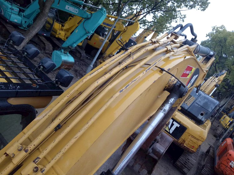 2012 Caterpillar 320D for sale $80,000 | Machinery