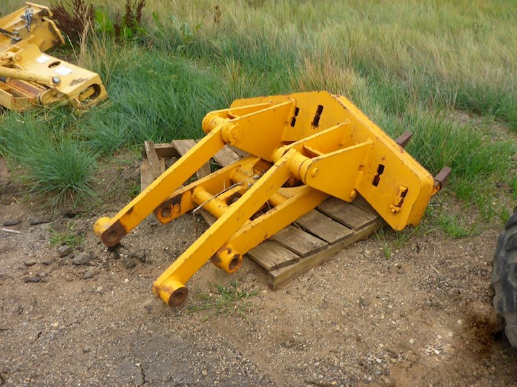 "Caterpillar 48"" Scarifier Attachment (2259) - Caterpillar Graders & Scrapers"