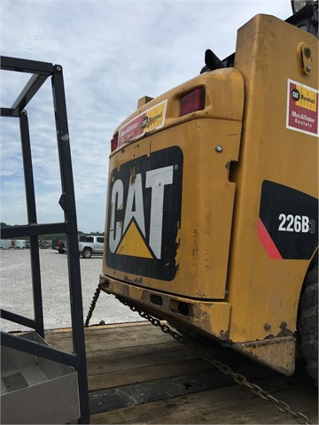 2011 Caterpillar 226B3 - Caterpillar Loaders
