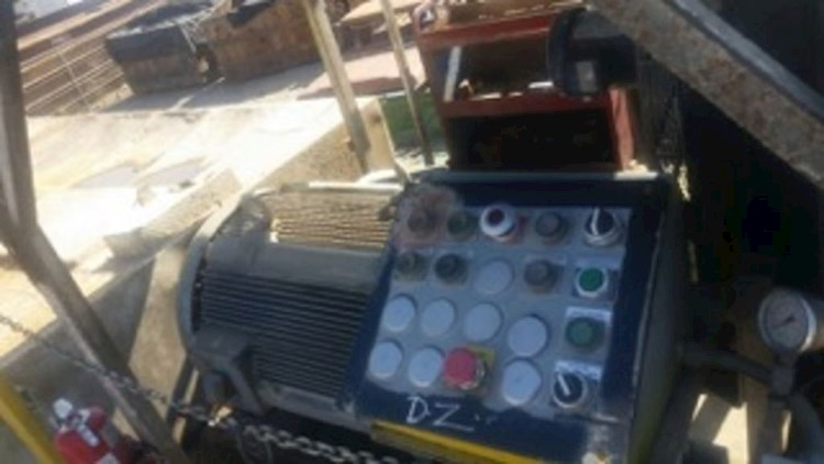 1993 Diamond Z 1463A ELECTRIC TUB GRINDER - Diamond Z Grinder Mixer
