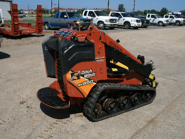 2015 Ditch Witch SK850 - Ditch Witch Skid Steers