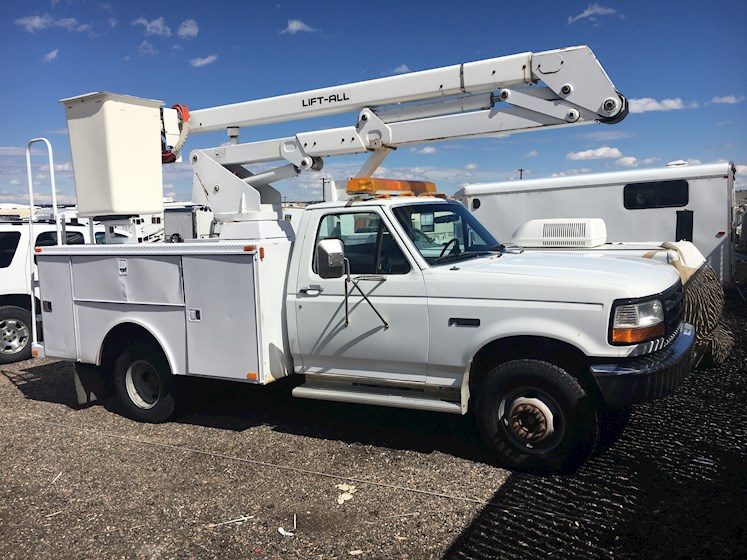 1993 Ford F450 SuperDuty - Ford Boom Lifts