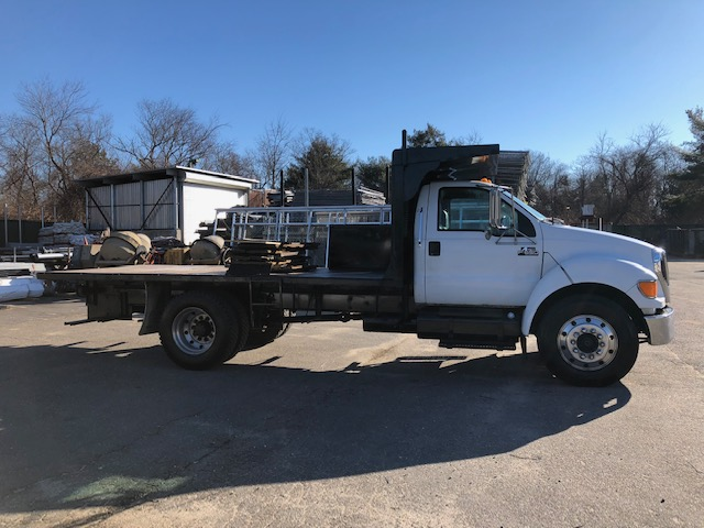2004 Ford F - 650 - Ford Multi-Purpose Truck