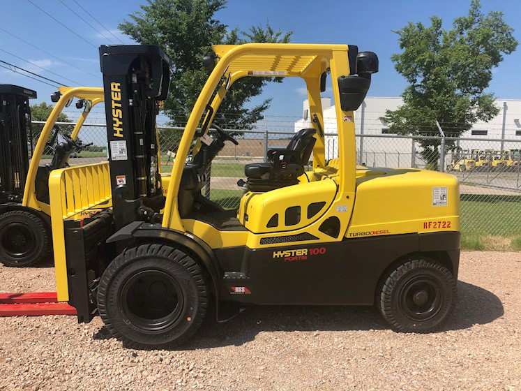 2020 Hyster 10,000# pneumatic forklift - Hyster Forklifts