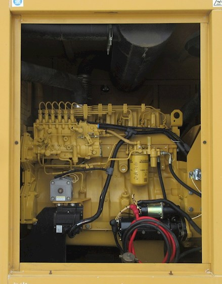 1999 International GA 325 - International Generators