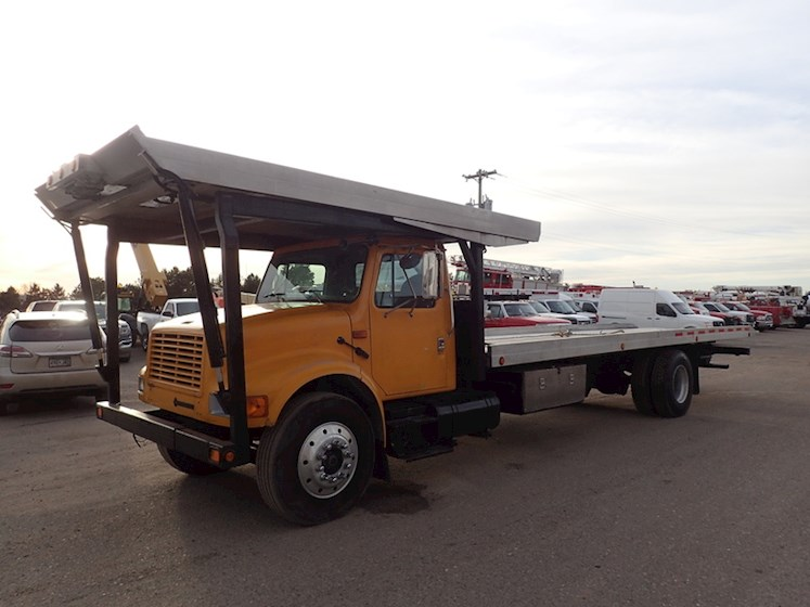 2002 International 4900 4-CAR CARRIER ROLLBACK - International Other Trucks & Trailers