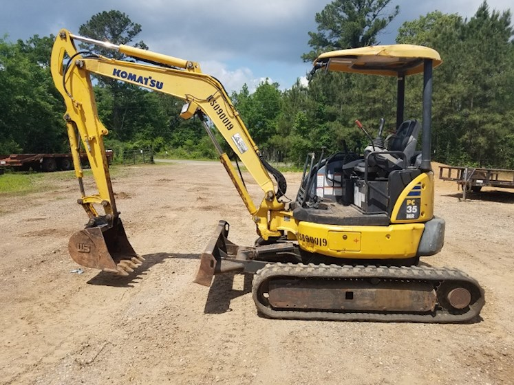 2009 Komatsu PC35MR-3 for sale $24,000 | Machinery
