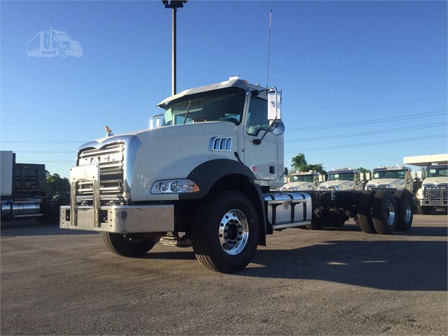 2018 Mack GRANITE GU813 - Mack Cab Chassis Trucks