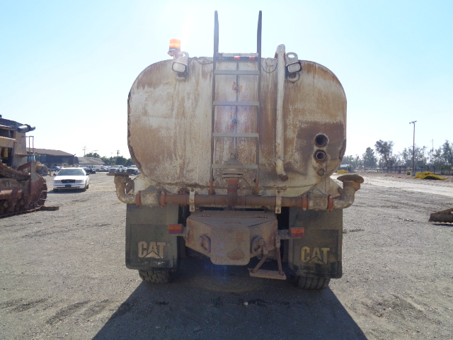 2008 Mack GU813 - Mack Water Trucks