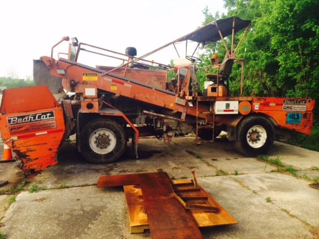 1999 Bearcat 2002 - Bearcat Spreaders