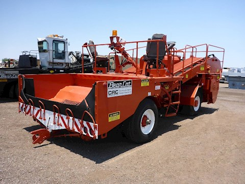 2005 Bearcat BC-2002 - Bearcat Spreaders