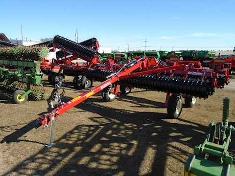 Brillion PDT14 - Brillion Disc, Tine & Tillage