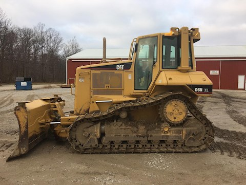 Caterpillar D6N XL - Caterpillar Bulldozers