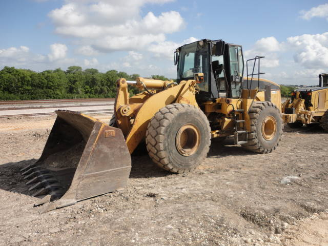 Caterpillar 966G - Caterpillar Loaders