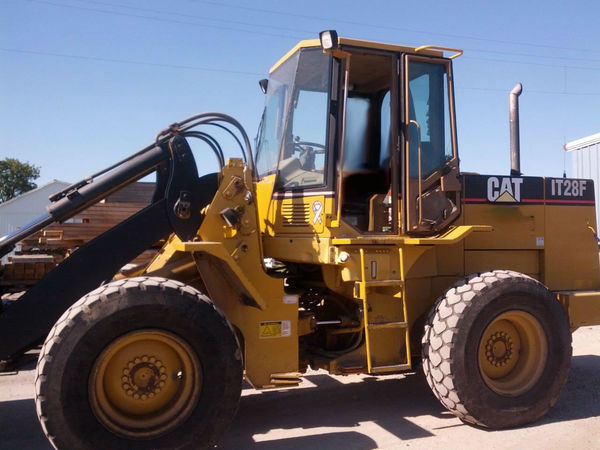 1995 Caterpillar IT28F - Caterpillar Loaders