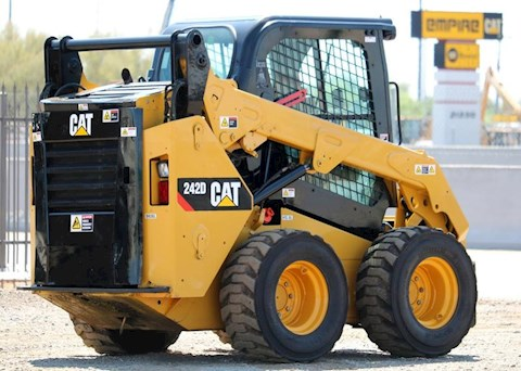 2016 Caterpillar 242D TURBO - Caterpillar Skid Steers
