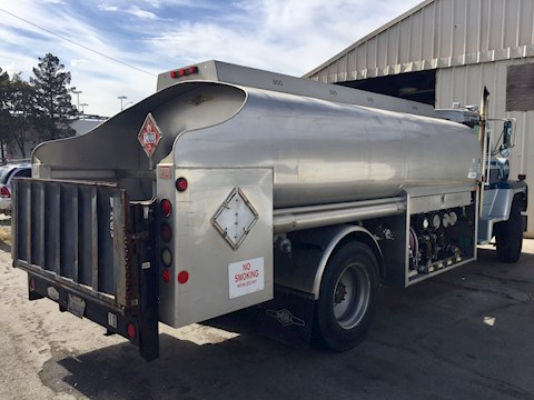 1996 Ford L8000 - Ford Water Trucks