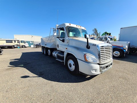 Freightliner Dump Trucks at Machinery Marketplace