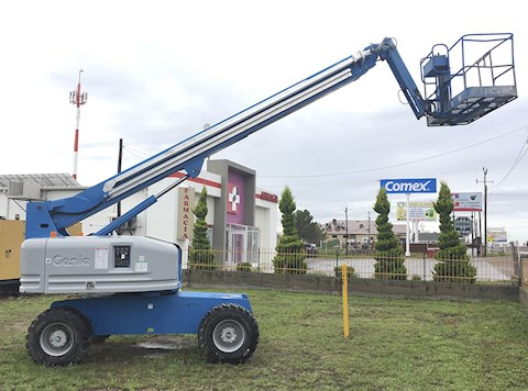 Genie Boom Lifts at Machinery Marketplace