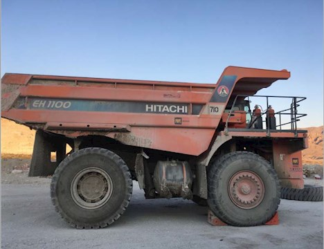 Hitachi EH1100 - Hitachi Rock Truck