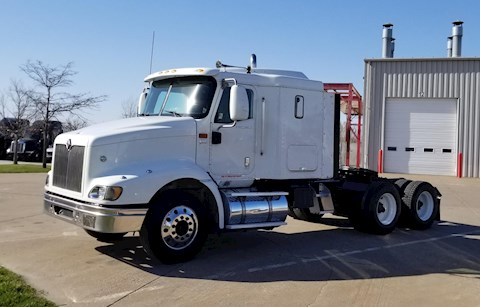 2002 International 9200I - International Freight Trucks