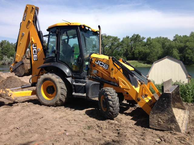 2011 JCB 3CX 15 - JCB Loader Backhoes