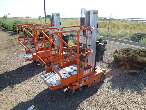 2001 JLG 12SP Electric Personnel Vertical Man-lift (2652) - JLG Aerial Work Platforms