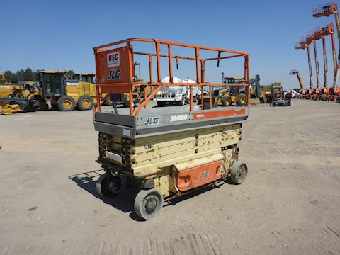 2004 JLG 2646ES 26 Ft Electric Scissorlift (2549) - JLG Aerial Work Platforms