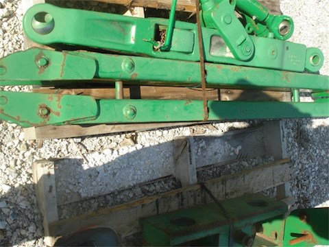 John Deere 7020 - John Deere Attachments