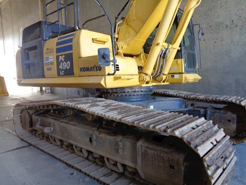Komatsu Excavators at Machinery Marketplace
