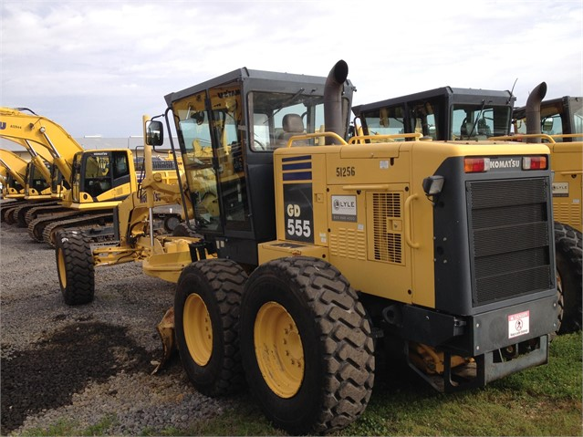 Komatsu Graders & Scrapers at Machinery Marketplace