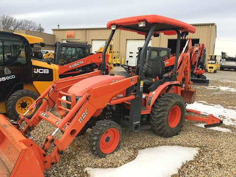 Kubota B26 - Kubota Loader Backhoes
