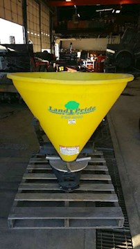 Land Pride FSP1000 - Land Pride Spreaders