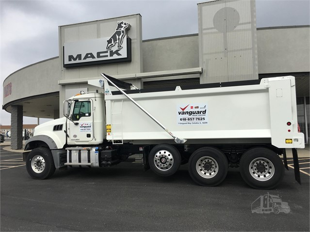 Mack GRANITE GU713 - Mack Dump Trucks