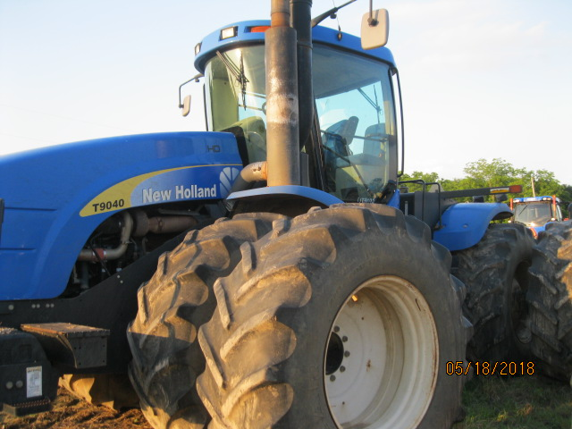 2010 New Holland T9040HD - New Holland Tractors
