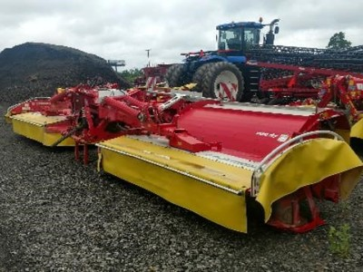 POTTINGER NOVACAT X8 - POTTINGER Hay & Forage