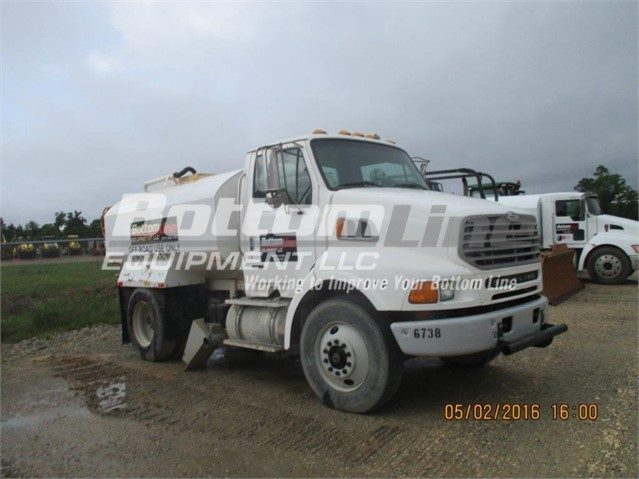 Sterling L8500 - Sterling Water Trucks