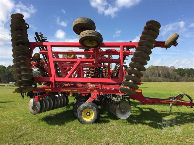 2011 Sunflower 1435-33 - Sunflower Disc, Tine & Tillage