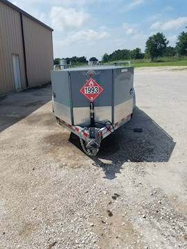 2014 Thunder Creek 990 Gallon Fuel Trailer - Thunder Creek Trailers
