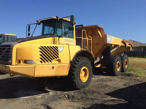 Volvo Dump Trucks at Machinery Marketplace
