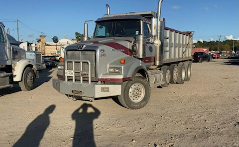 WESTERN STAR Dump Trucks at Machinery Marketplace